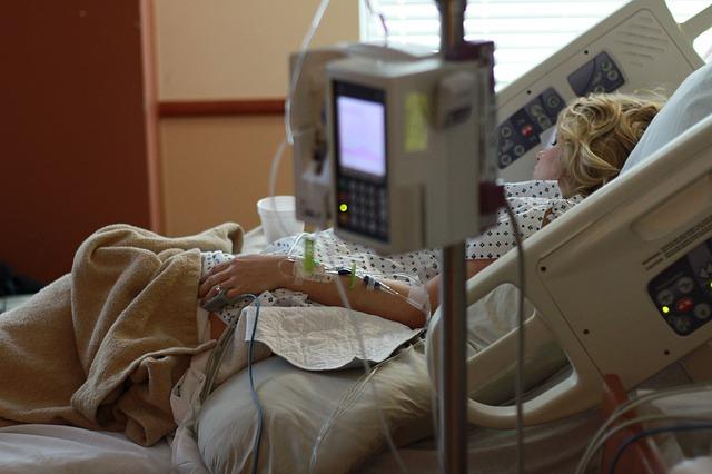 pacientka na přístrojích