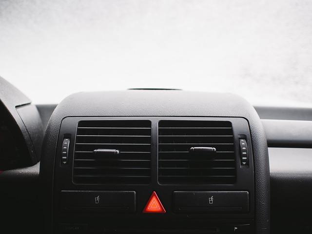 auto palubní deska