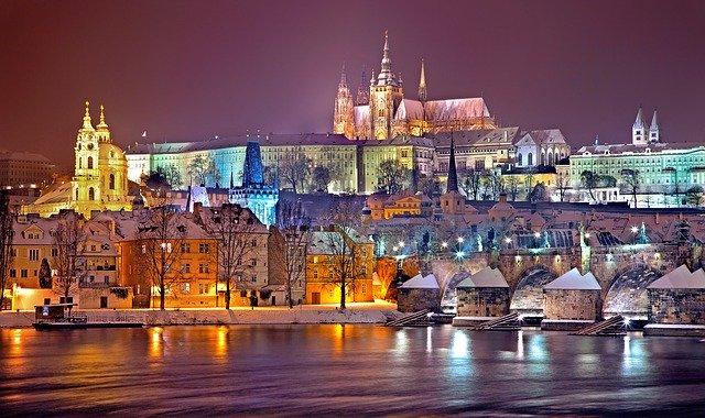 Praha, hrad, noc, světla